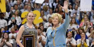 "Pat Summitt presented Lauren Hill with the ""Pat Summitt Most Courageous Award"" at halftime of the Mount St. Joseph University game in Cincinnati."